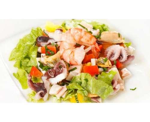 Салат из морепродуктовфото
