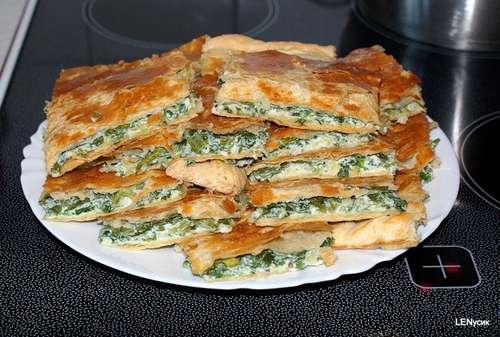 Пирог с луком и сыром из слоеного теста рецепт с