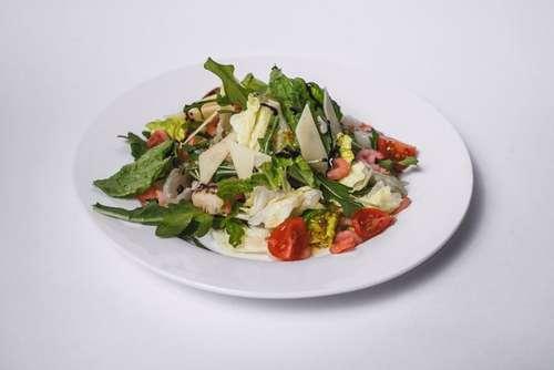 ТЕРМОБЕЛЬЕ салат с креветками и медово горчичным соусом комфорт даже лютую