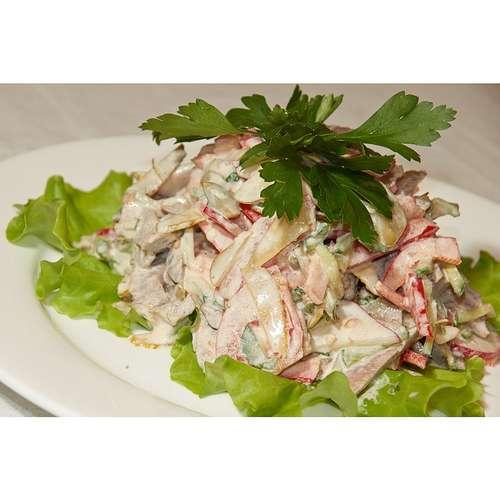 Салат с листьями салата и говядиной рецепты с