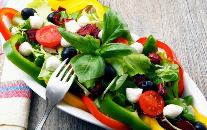 Вкусные летние салаты